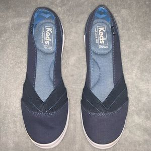 Keds Slip On Sneakers Shoes 8.5